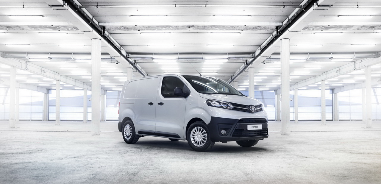 2016 ToyotaProace 19