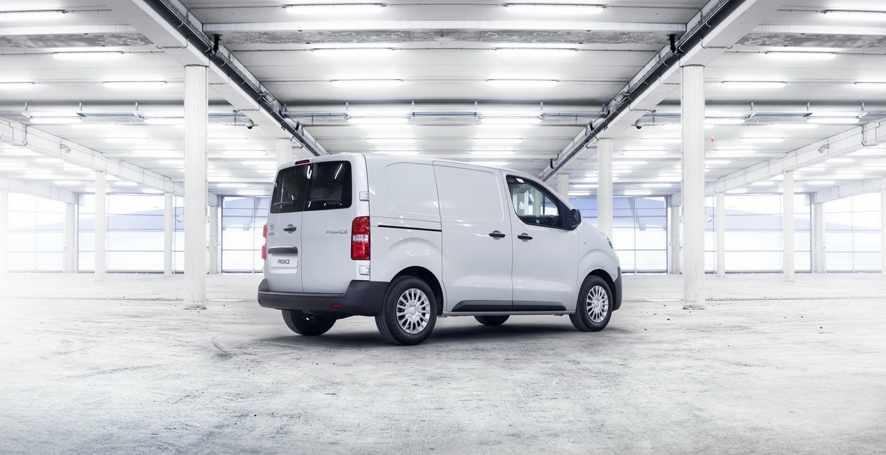 2016 ToyotaProace 20