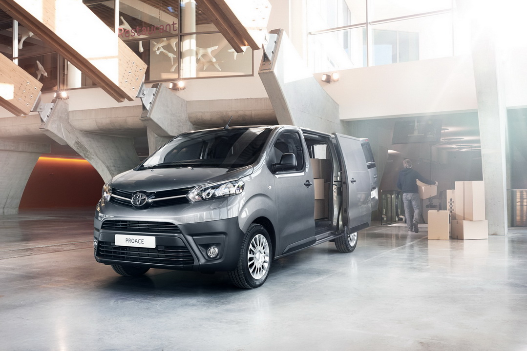 2016 ToyotaProace 37