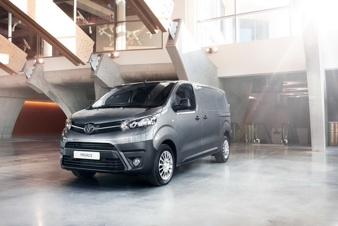 2016 ToyotaProace 38