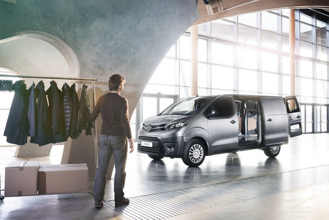2016 ToyotaProace 41