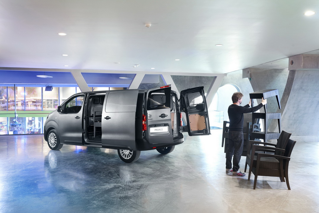 2016 ToyotaProace 44