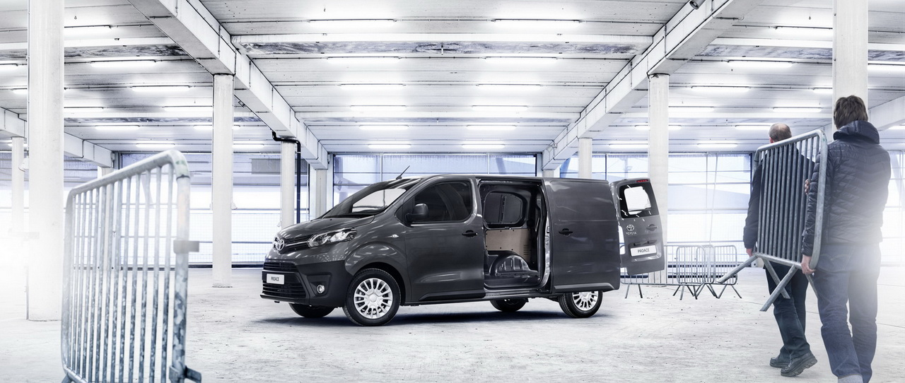 2016 ToyotaProace 46