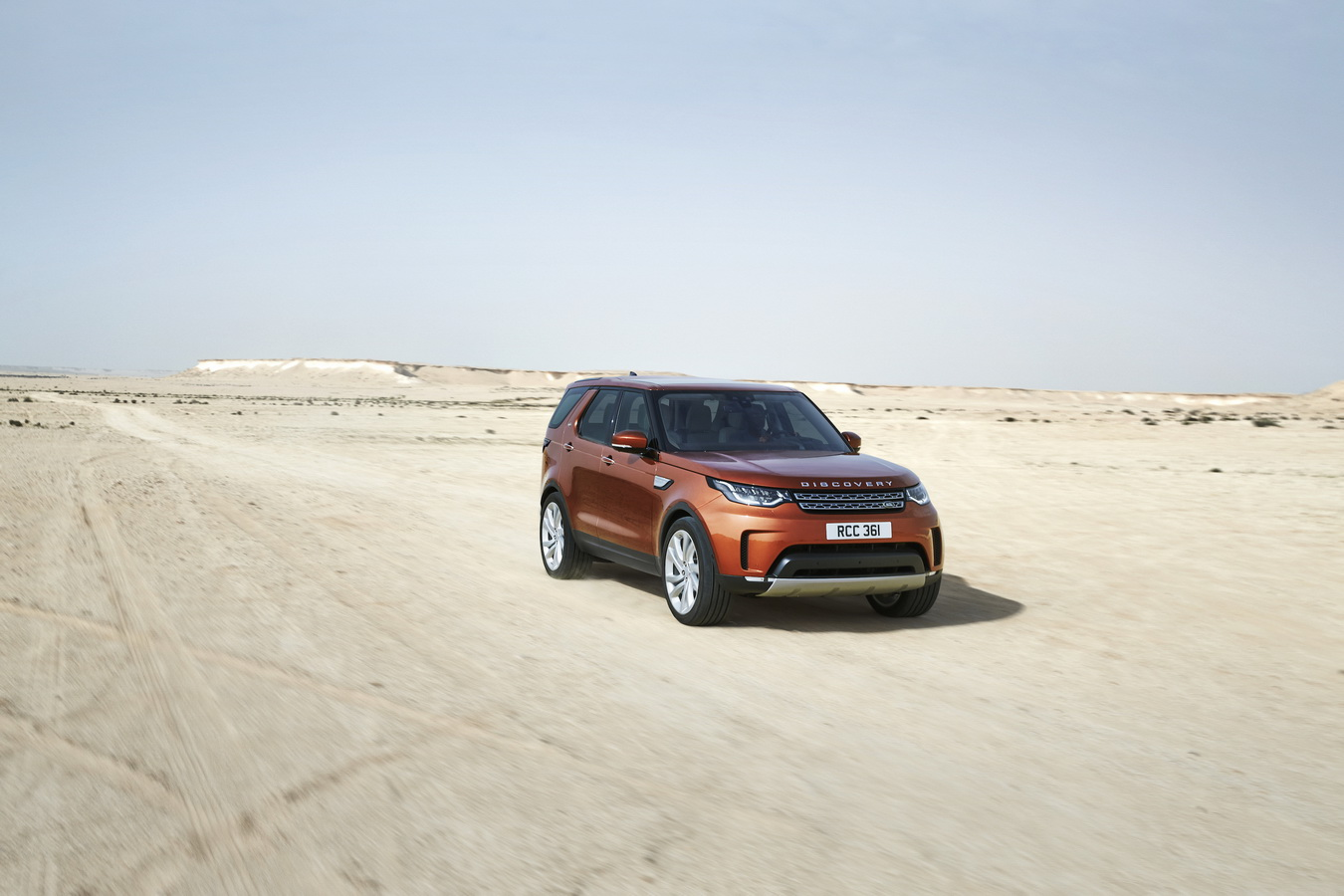 Land Rover Discovery 2017 0