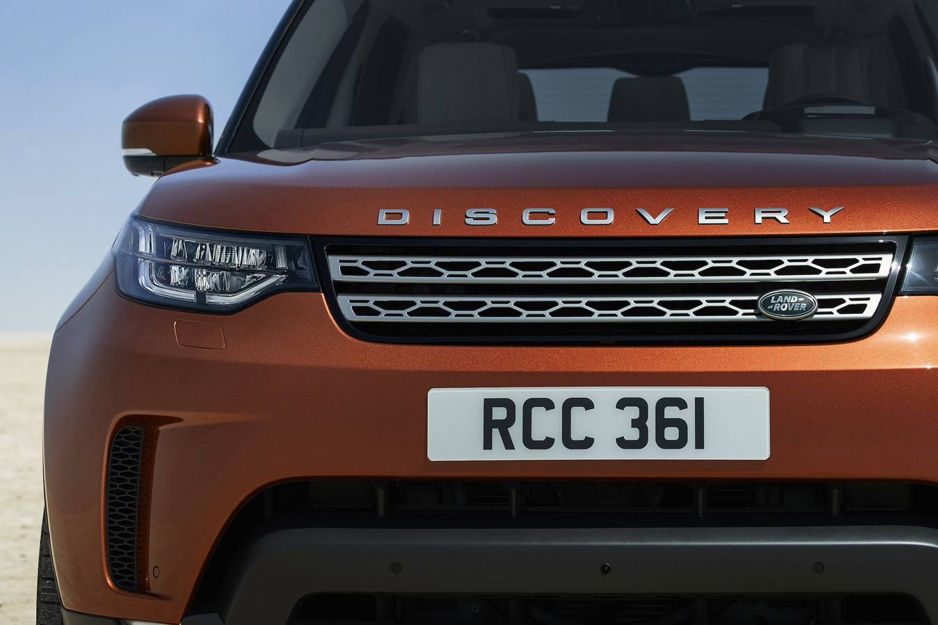 Land Rover Discovery 2017 29