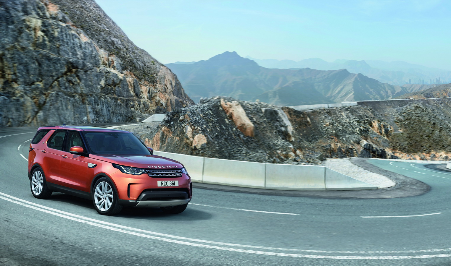 Land Rover Discovery 2017 46