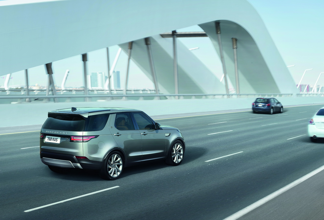Land Rover Discovery 2017 47