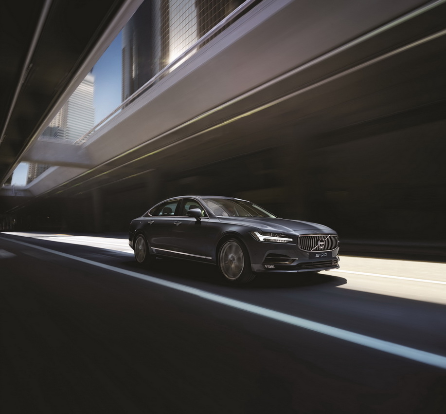 Volvo S90 LWB Excellence 10
