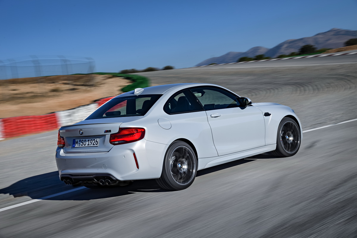 New BMW M2 Competition 2018 12