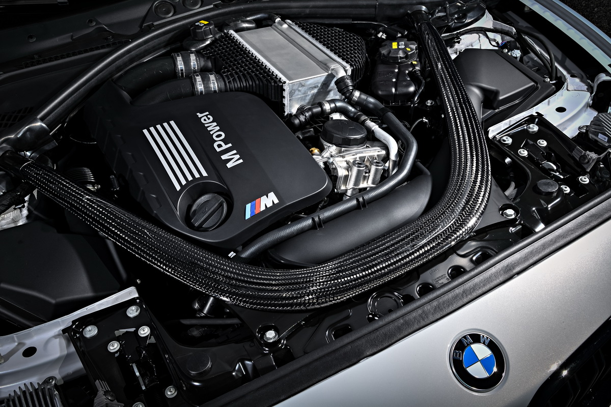New BMW M2 Competition 2018 30