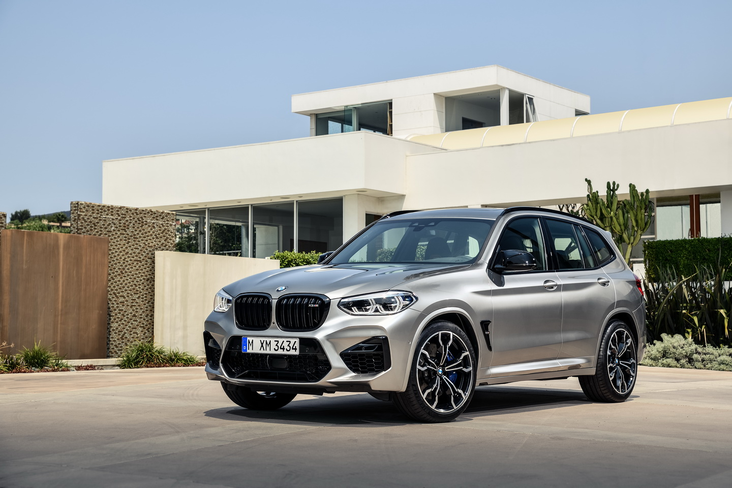 New 2019 BMW X3 X4 M Competition 4
