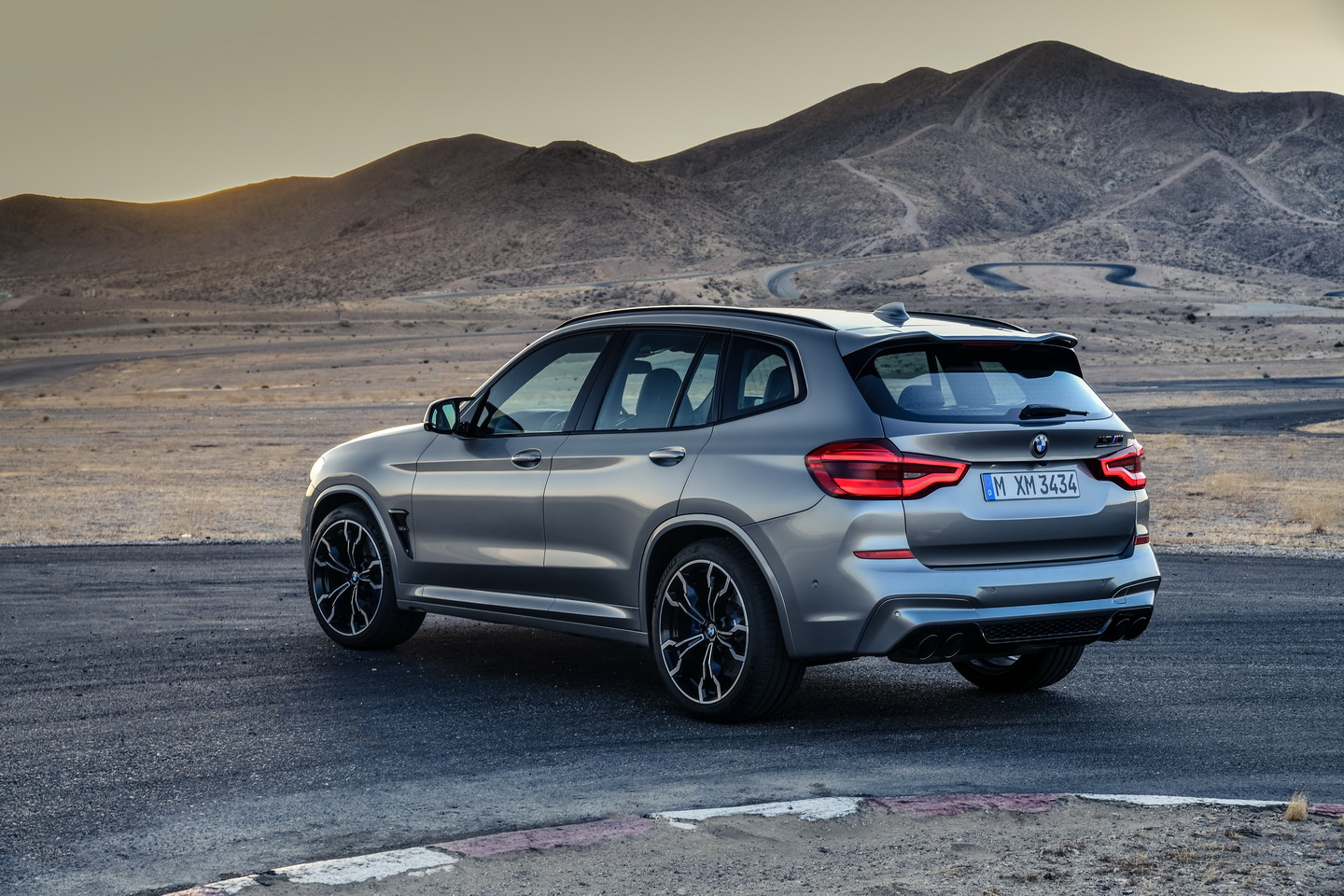 New 2019 BMW X3 X4 M Competition 9