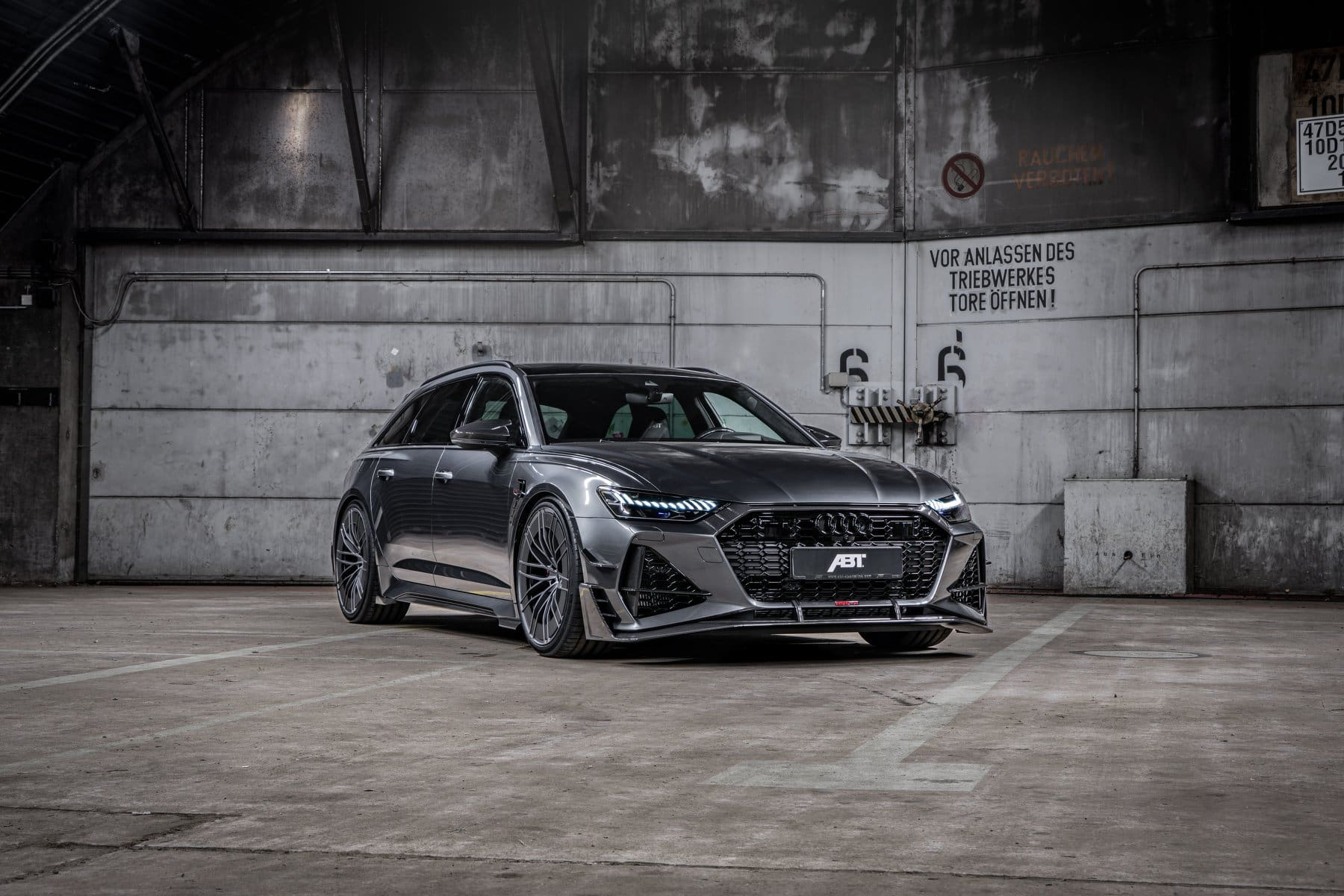 ABT RS6 R 2020 Limited 26