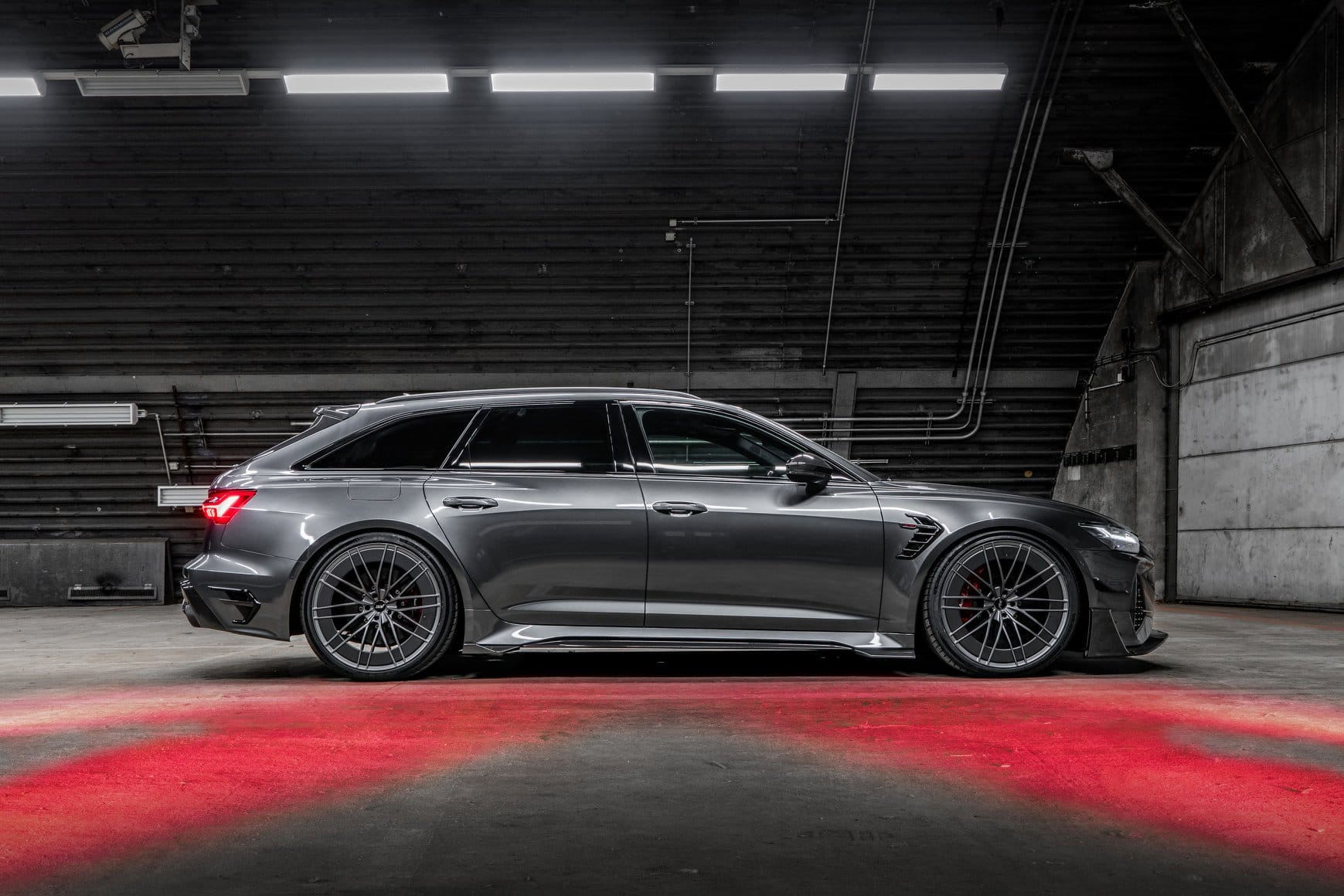 ABT RS6 R 2020 Limited 30