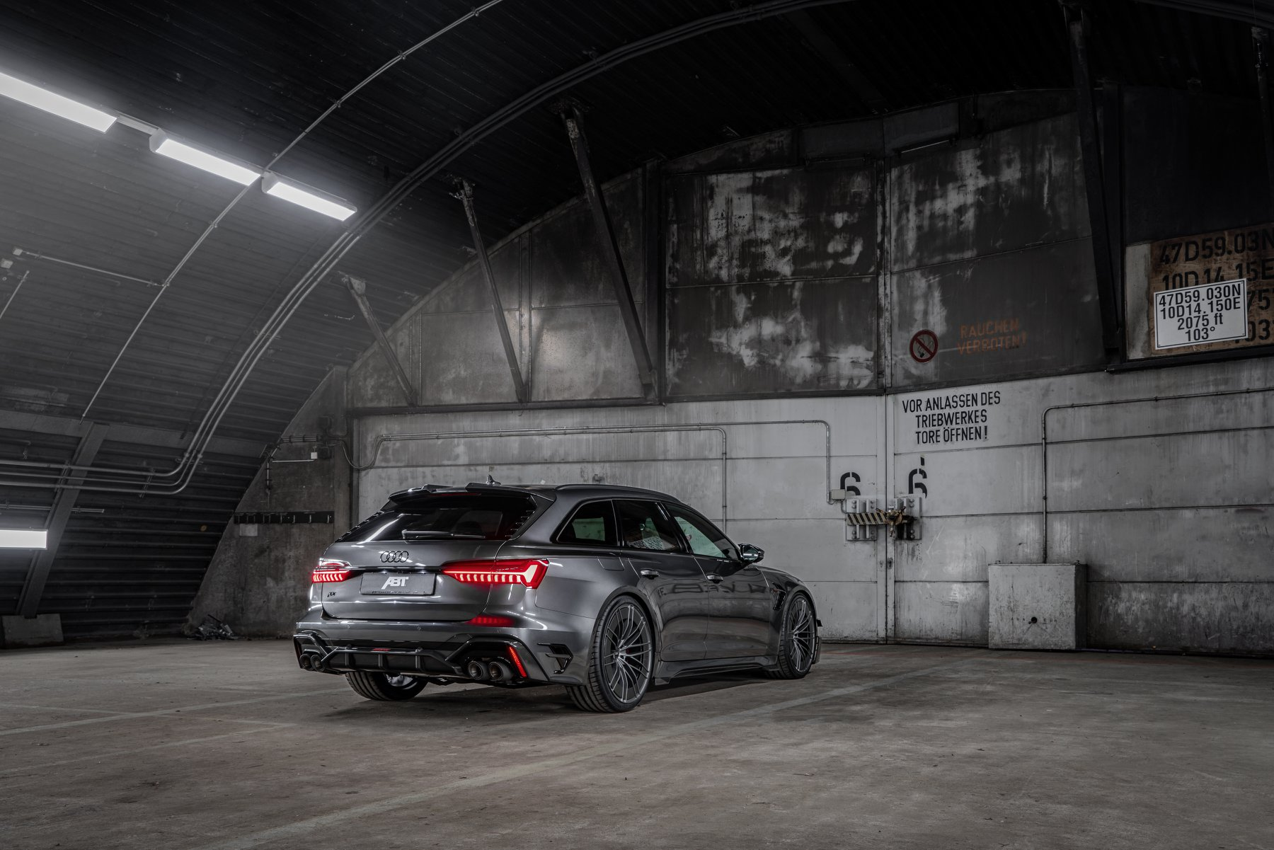 ABT RS6 R 2020 Limited 31