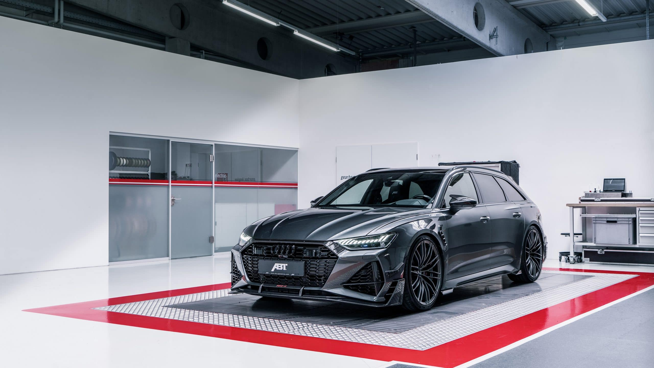 ABT RS6 R 2020 Limited 32 scaled