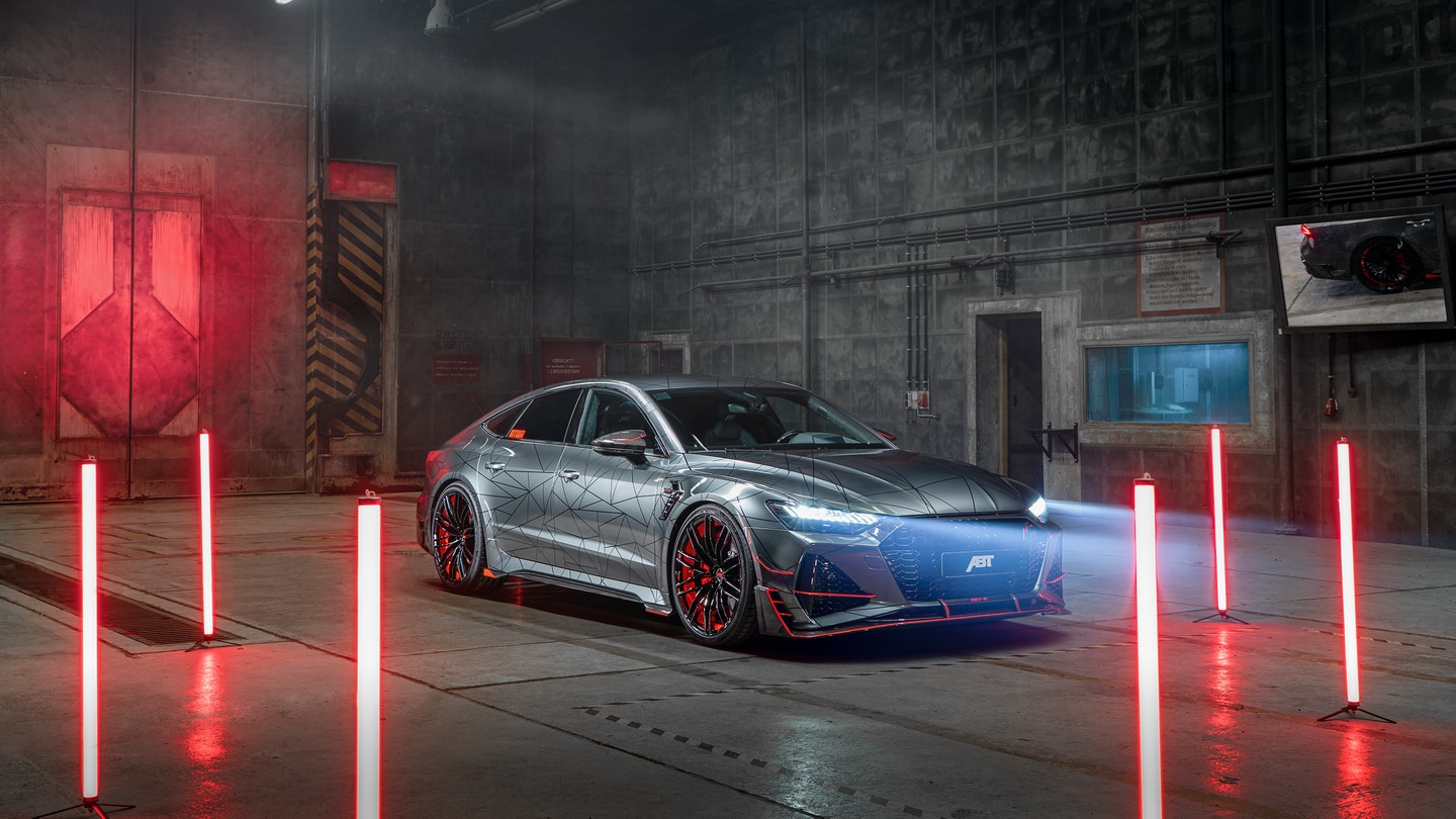 ABT RS7 R 2020 Limited 43