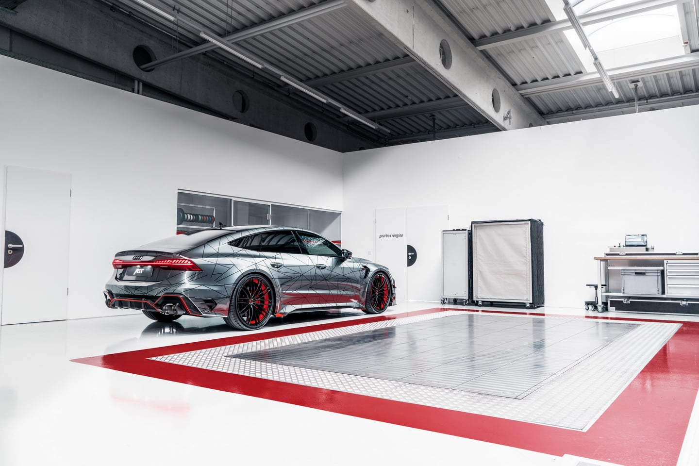 ABT RS7 R 2020 Limited 7