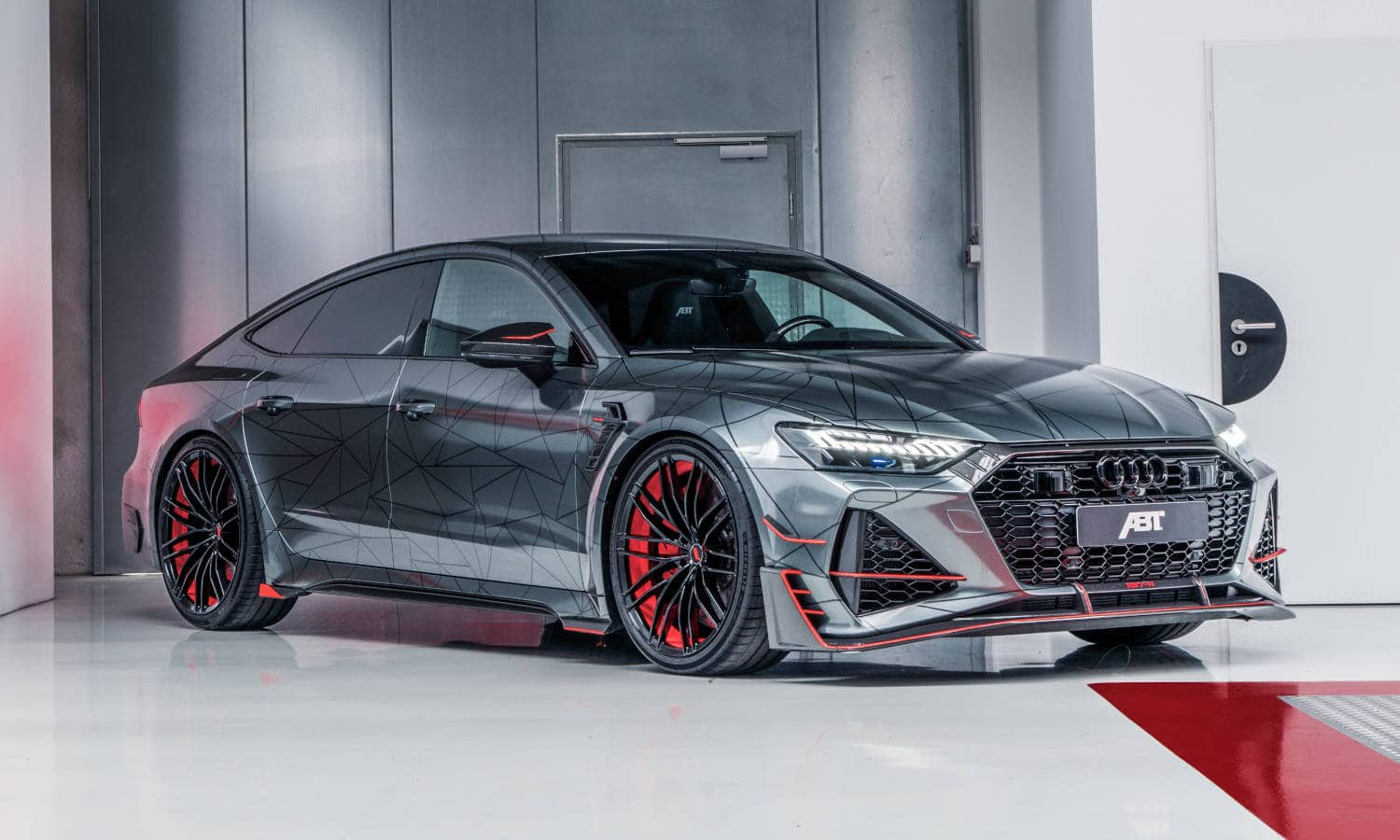 ABT RS7 R 2020 Limited 8